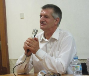 Jean Lassalle parlant de sa Marche Citoyenne